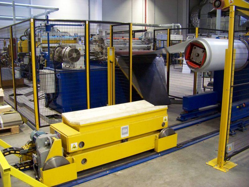 Líneas de producción para estanterias metálicas 1